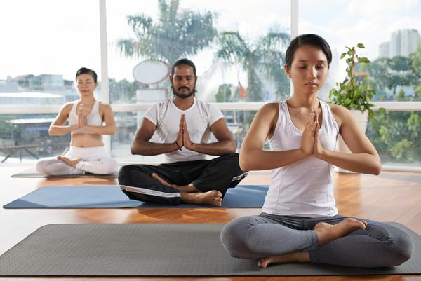 Smaller yoga 36386f9530